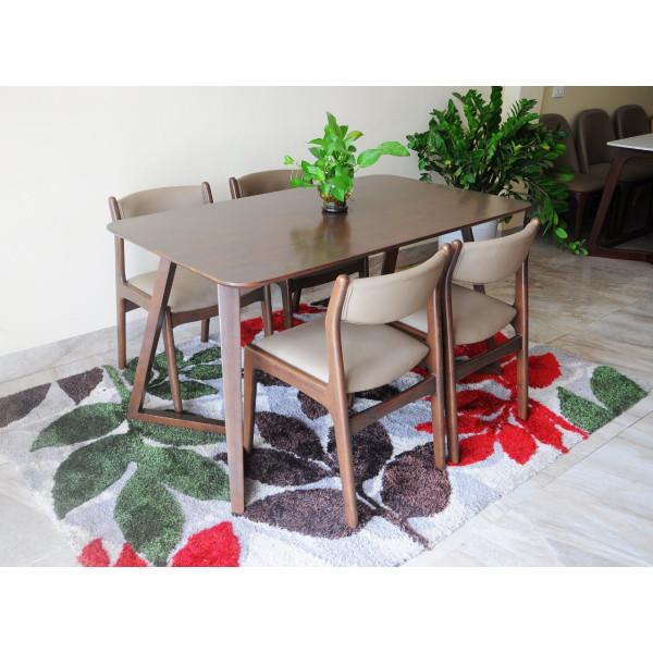 Bộ bàn ăn chân chữ V gỗ cao su, ghế bella bọc da Hàn Quốc 4 ghế nhập khẩu