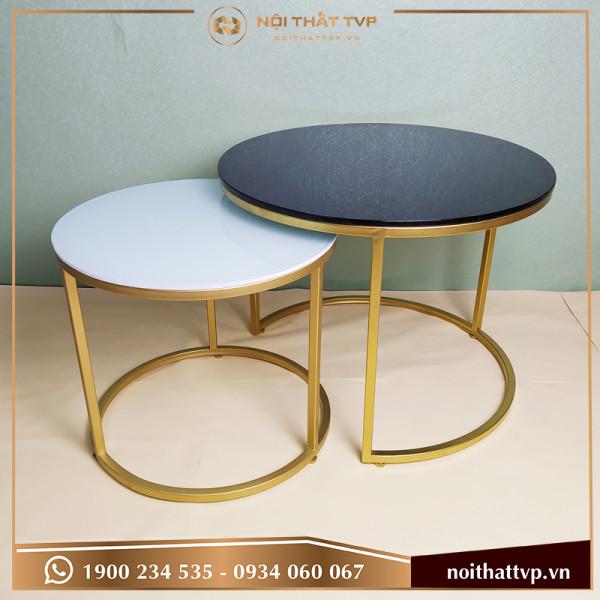 Bàn sofa đôi tròn Co mặt kính đen và trắng, chân sơn tĩnh điện vàng TVP BĐC-05