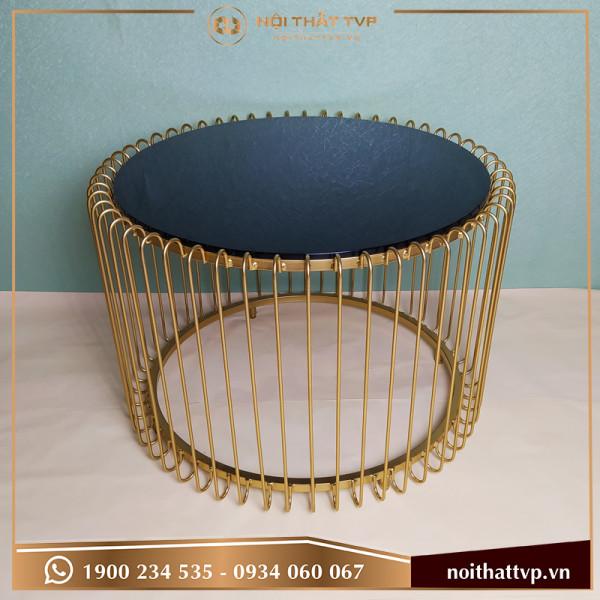 Bàn sofa dạng lồng chim, mặt kính cường lực đen, chân sơn tĩnh điện vàng TVP-BĐ 05