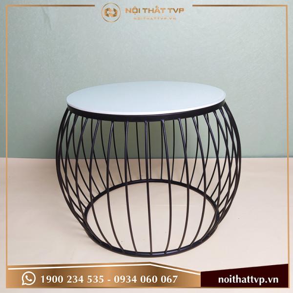 Bàn sofa lồng đèn mặt kính trắng, chân sơn tĩnh điện đen TVB-LĐ08