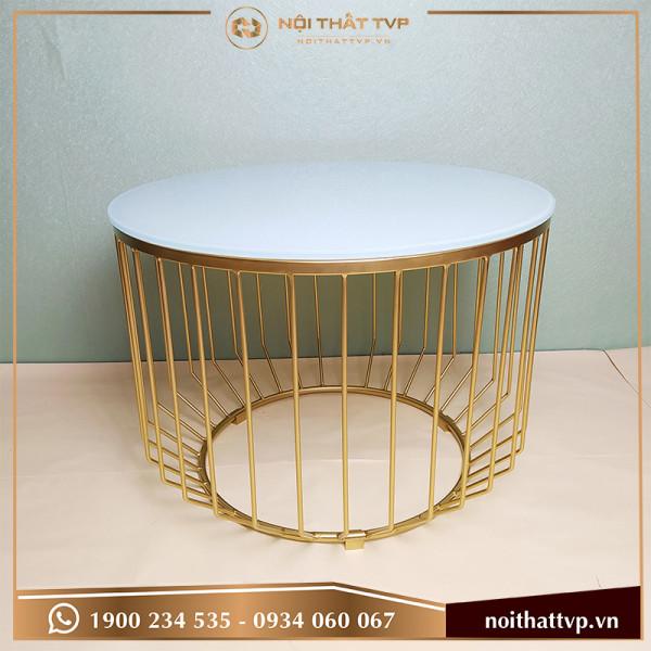 Bàn sofa hình trụ bo góc tròn mặt kính cường lực trắng, chân sơn tĩnh điện vàng TVP-BT03