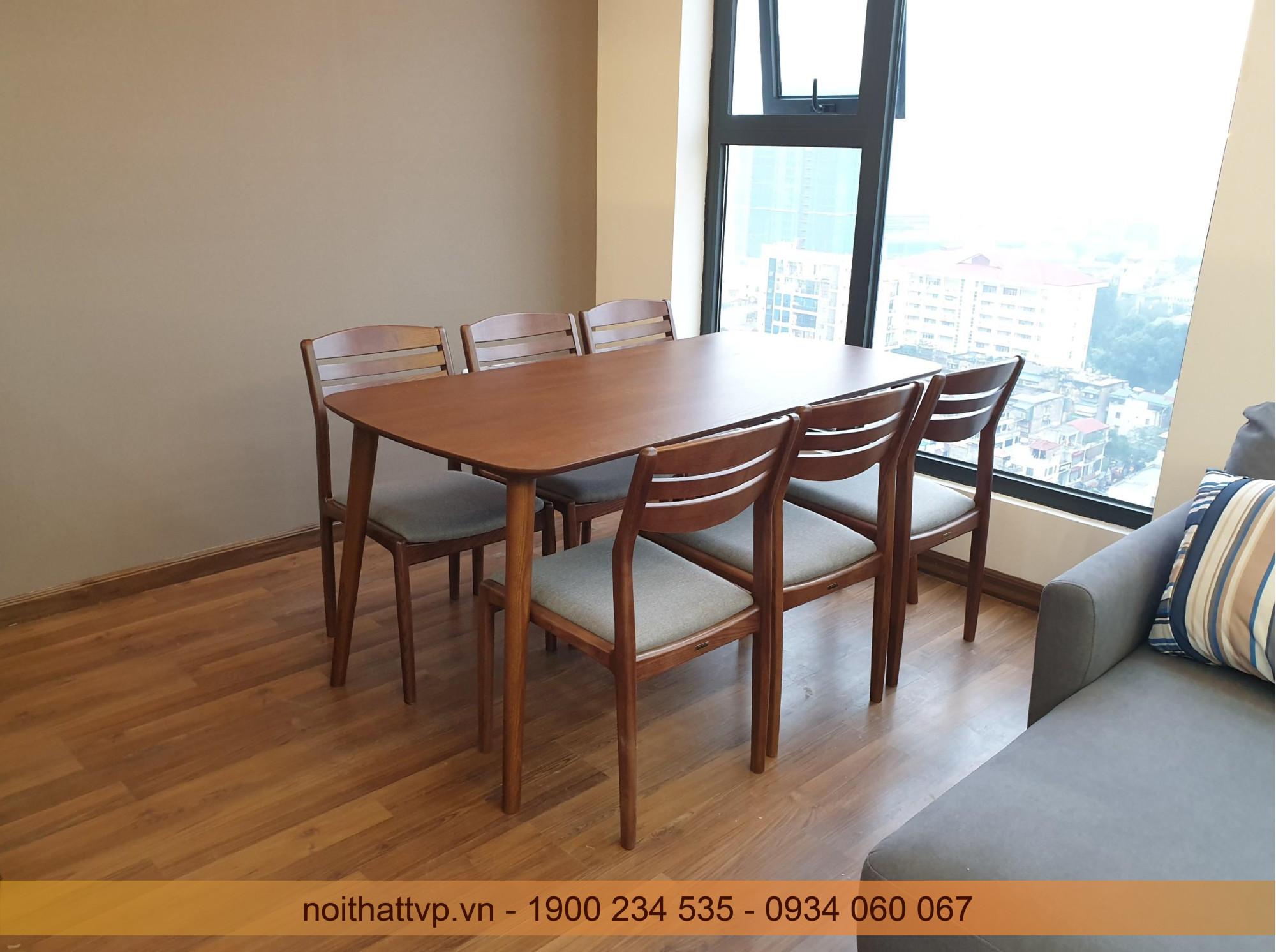 Bàn ăn 6 ghế gổ sồi màu tự nhiên