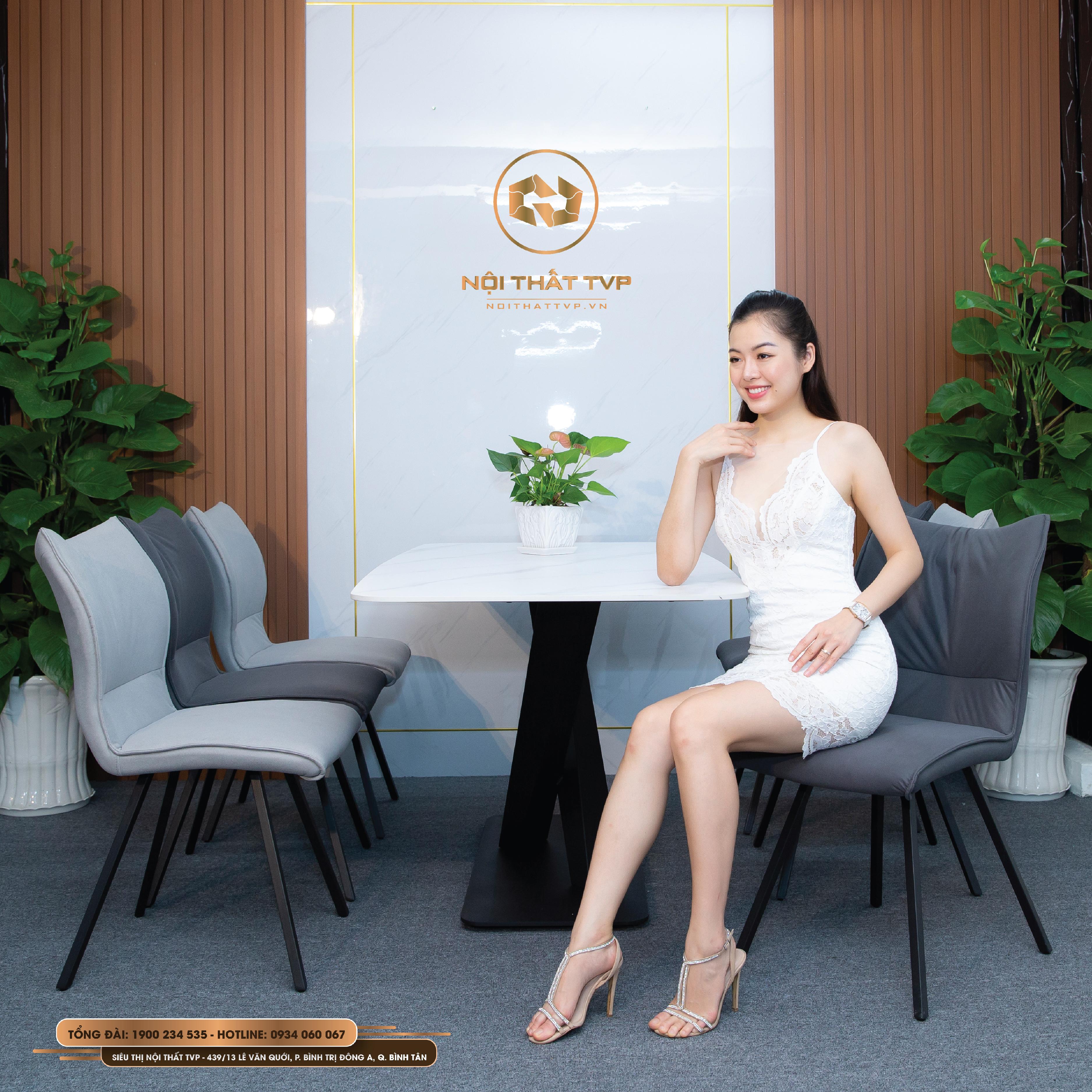 Bộ bàn ăn mặt đá và ghế nỉ Hàn